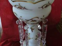 Beautiful Antique Luster Lustre Crystal Prism Lamp.