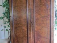 Selling a beautiful Antique Large Wardrobe / Armoire