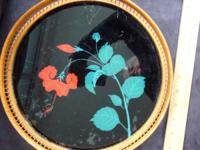 CIRCULAR ART DECO TRAY. WOODEN BASE WITH GLASS