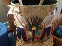 Beautiful, authentic embroidered bag Smoke and pet free