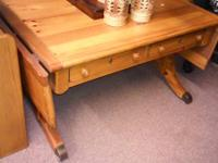 Beautiful solid wood Broyhill coffee table with