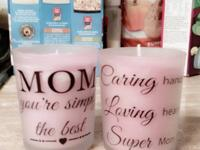 set of 2 candles to tell mom how much you love her