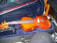 1/4 size violin-good for 5 to 7 year olds//-- beautiful