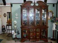 Beautiful Hutch, bought it about 10 yrs ago. It is