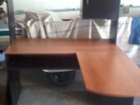 FOR SALE IS A BEAUTIFUL COMPUTER DESK. IT IS A CORNER