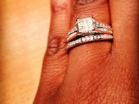 Stunning wedding event ring! 1.2 carats. princess cut