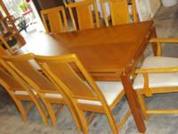 """Gorgeous Dining Table & 8 Chairs. Table gauges 70.75"""" L"""