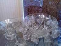 Beautiful Elegant Set=Includes punch bowl, 16 cups (4