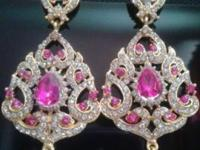 i have beautiful fashion jewelry can be worn for any
