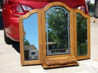 Description Beautiful Huge Decorative Dresser mirror.