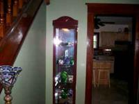 Beautiful curio with light in excellent condition.