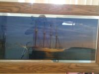 It lights up beautiful wood frame no scratches no Nicks