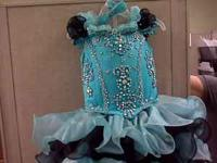 Little Girls Pageant Dress Size 2-6 adjustable. No