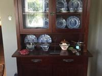 Beautiful Mahogany stain glass door hutch. This piece