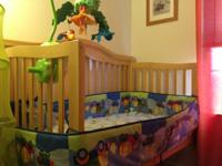 BEAUTIFUL AND STURDY CRIB BOUGHT FROM BABIES R US.ITS