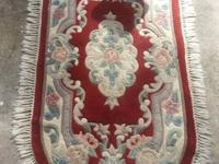 "2'6"" X 3'9"" AREA RUG 32.00 GOOD CONDITION NO STAINS OR"