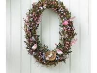 This wreath is a fine example of simplicity at it
