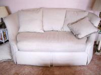 THOMASVILLE  loveseat or smaller sofa , classic lines,