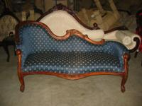 Very pretty Victorian Fainting Couch - hand crafted,