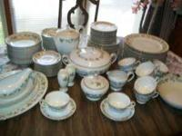 !!!Beautiful vintage fine china japan, about 100 pieces