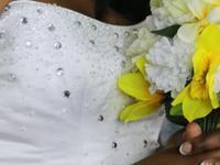 Beautiful white wedding dress. 2 piece.