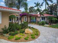 Stunning wide riverfront estate on the St Lucie River