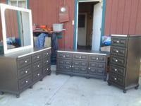 Beautiful 4 Piece Bedroom set includes 9 drawer dresser