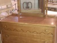 I'm selling this beautiful rock maple dresser with a