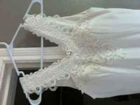 Beautiful wedding dress Perfect for small Vegas style