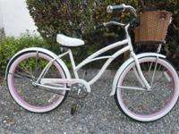 Nice excellent condition Womens Micagri Beach Crusier.