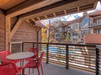 This bright and cheery, fully furnished, 2 BD / 2.5 BA