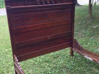 Antique Full Size Bed, very nice wood work on Head