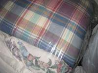 Fluffy Queen Comforter Set in great condition From