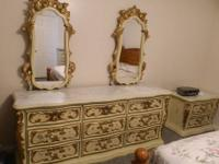 Double mirror dresser with nine drawers, Night stand