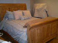 Kincaid bedroom set, which includes: (1) queen sleigh