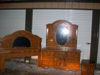 Here is a nice bedroom set.Consists of head board ,that