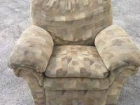 Beige Recliner $25 Living Room Recliner Chabad Thrift