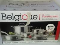 11 Piece stainless steel cookware set. There is some