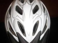 Bell Adrenaline Bike Helmet True Fit - Just one simple