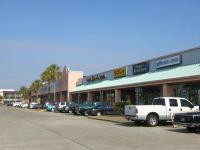 Description Bellemeade Plaza Shopping Center for lease.