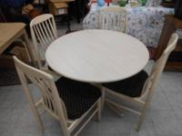 Off White Table and 4 chairs. Benny Linden Design. The