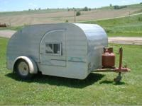 1959 TEARDROP 4 x 8 Benroy Teardrop trailer which was