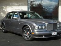 Splendid 2003 Bentley Arnage R in classic Grey Metallic
