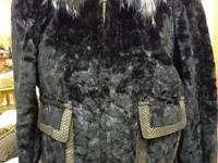 Beautiful Bergama Fine Fur Coat In Size Medium For