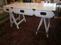 Beautiful vintage Bernhardt campaign desk, rare, has