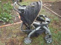 Well made stroller by bertini Easy to fold up and open