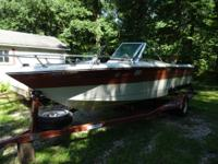 19 ft Rinker with 3.7 Mercruiser 470 inboard motor &
