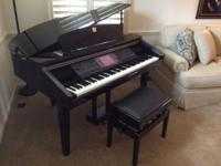 Excellent condition Yamaha CLAVINOVA Digital Piano.