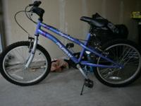 Children's bicycle - like new Selling for $35. (Cash