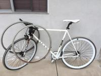 Vilano Men /Teenagers boys bicycle in good shape white